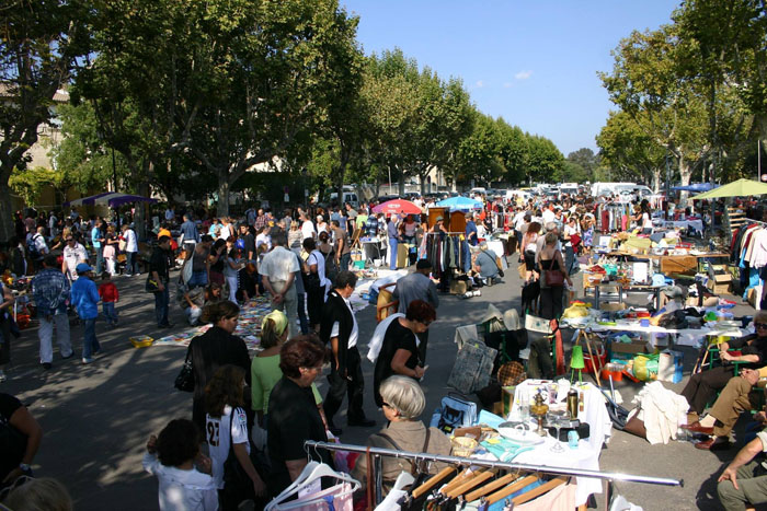 Inscriptions au vide-grenier de printemps